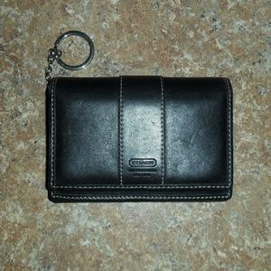 Coach Leather Bi-Fold Black Leather Wallet Keyring